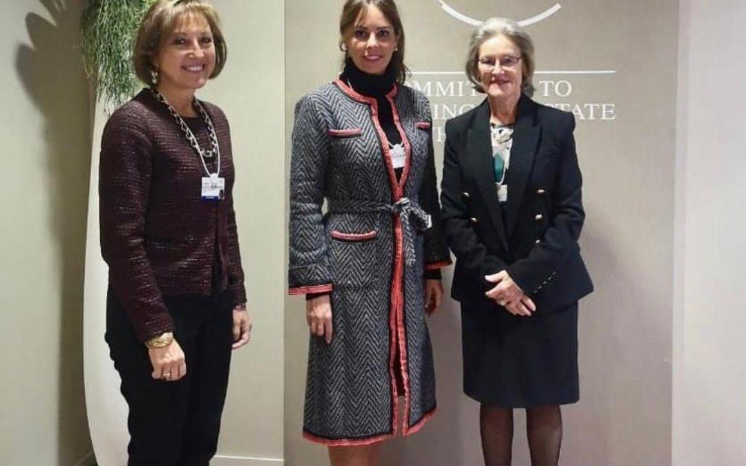 Reunión de la Primera Dama Silvana López de Abdo con la Sra. Hilde Schwab, presidenta y co fundadora del Foro Económico Mundial. Concordamos en la importancia de promocionar a los jóvenes global shapers en Paraguay.