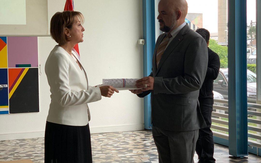 Inauguración del Consulado Honorario de Paraguay en Basilea- Suiza, entrega del execuátur y posesión del cargo.