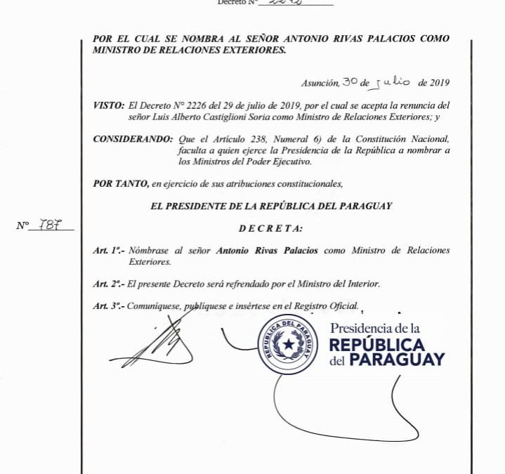 Por de Decreto Nº 2242 el Ejecutivo nombra al Embajador Antonio Rivas Palacio como Ministro de Relaciones Exteriores.